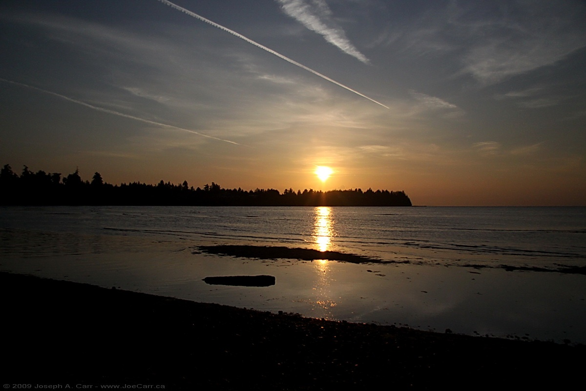 The Beach Club Resort's ideal location in the heart of The City of Parksville makes it easy for our guests to enjoy everything the Oceanside area has to offer. Picture